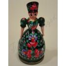 198. Dobozos pártás baba, zöld alapon színes, festett virágmotívumokkal