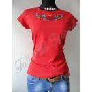 969.   Hímzett női póló, piros alapon színes, kalocsai, nagy rózsás mintával
